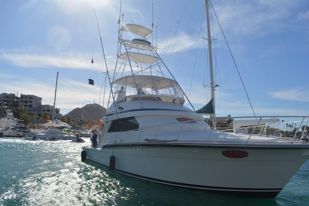 46ft bertram fishing charter in los cabos oh so rojo by redrum sportfishing